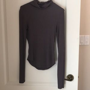 Mauve long sleeved turtle neck from Aritzia